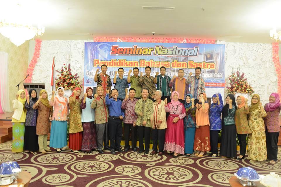 Prodi Pendidikan Bahasa Indonesia Adakan Seminar Nasional